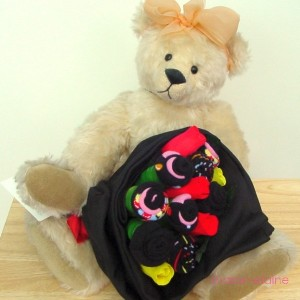 Sweetie Heart Medium Sock Rose Bouquet